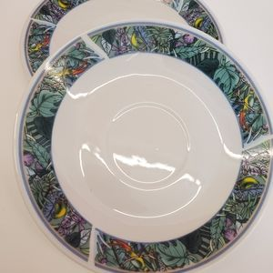 Saucer Set of 2 with tropical floral details